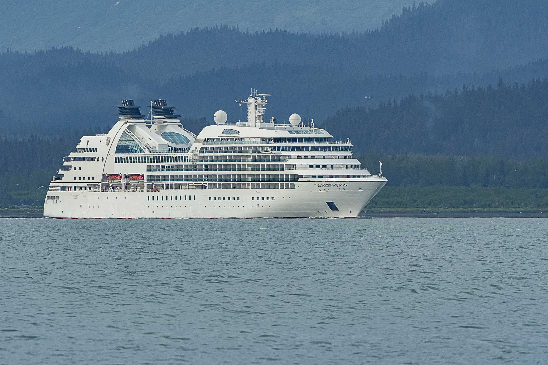 CRUISE SHIP (1 of 1)